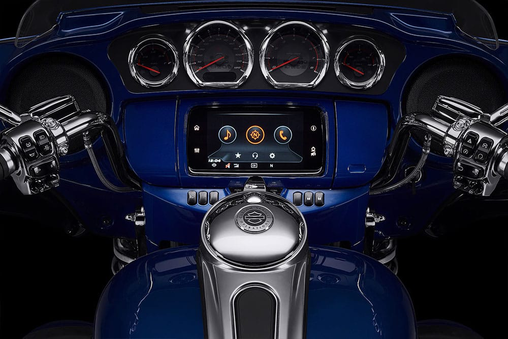 harley-davidson-cvo-limited_feature4