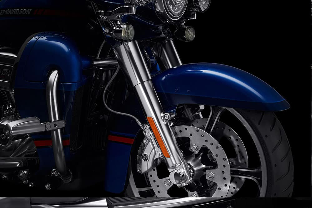 harley-davidson-cvo-limited_feature6