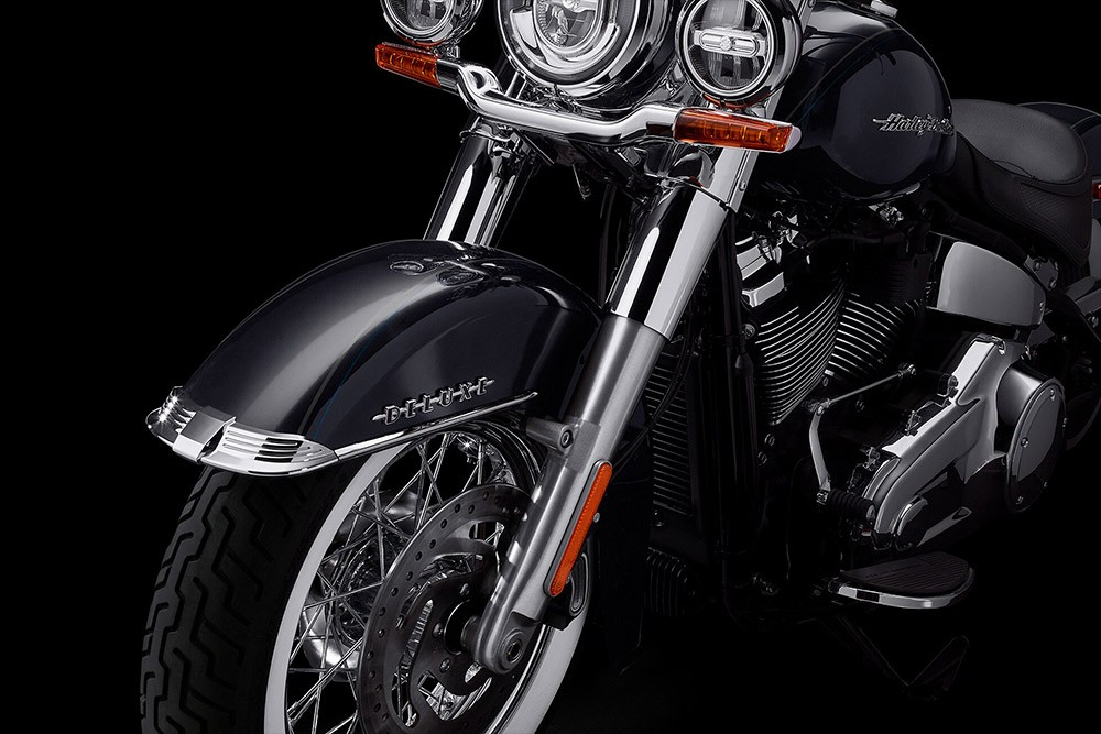 harley-davidson-softail-deluxe_feature1