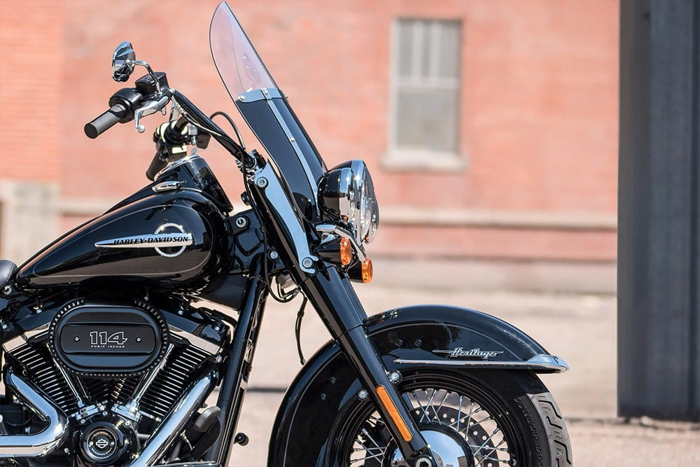 harley-davidson-softail-heritage-classic_feature1