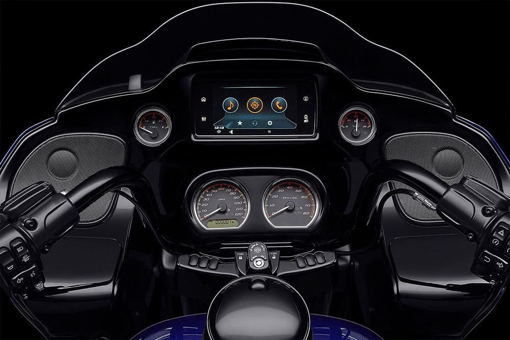 harley-davidson-touring-road-glide-special_feature4