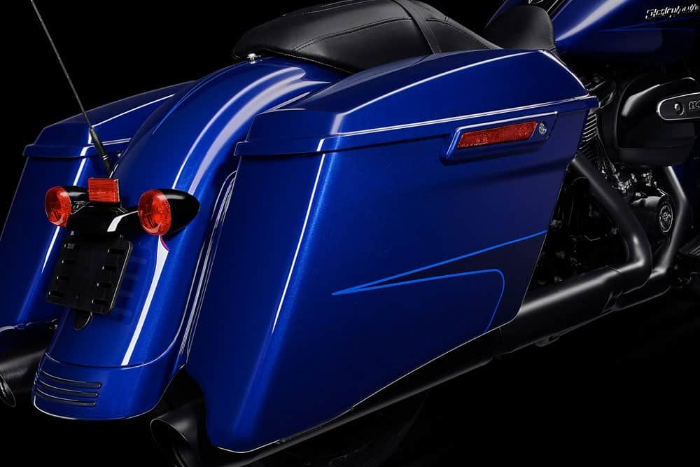 harley-davidson-touring-road-glide-special_feature8