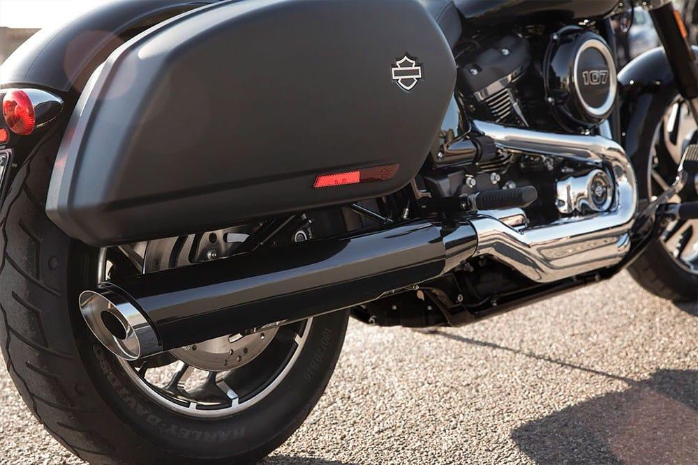 harleydavidson-sport-glide-bike_feature2
